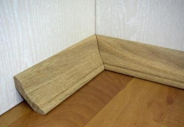 Плинтус полов. 3м
